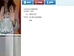 Chat Roulette Big Tits - MoreCamGirls.com