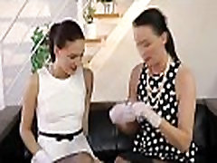 Glamcore mature lesbian feasting on wet pussy