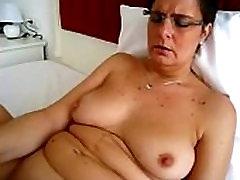 Granny&039s Huge Vibrator Masturbating