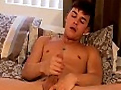 Gay XXX Gorgeous Andy Shoots A Huge Load