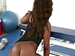 Flexible Ebony bounces her round ass on big dick