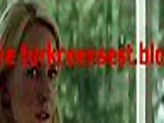 TAGE AM STRAND Extended Trailer Deutsch German - 2013 Two Mothers HD - YouTube-new