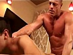 Massage Bait - Gay Massage With Happy Ending - clip13