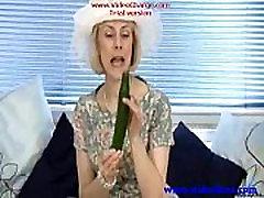 Mature housewife fucks a cucumber - Mature sex video