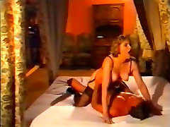 Retro pussy fucking in a hot vintage porn movie