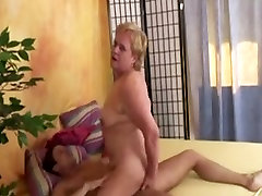 Awesome hairy mature slut fucked in the butt