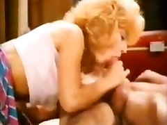 Slut got her hairy twat fucked in vintage porn video
