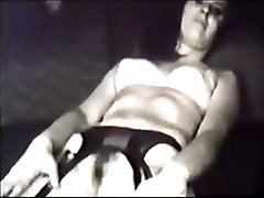 Retro Porn Archive Video: Emily