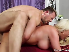 Alexis Ford & Erik Everhard in My Wife Shot Friend