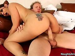 Raylene & Seb Cam in Latina Dultery