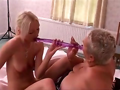 Mature bbw with younger girl