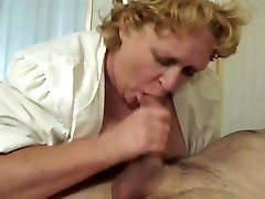 Mature nurse in red pantyhose gets pussy fucked