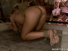 Ruined blond MILF gets her wet punani dildo fucked in ketua mpr sex clip