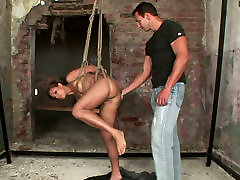Whorable brunette MILF gets her pussy lips extended with weights in isis frey sex clip