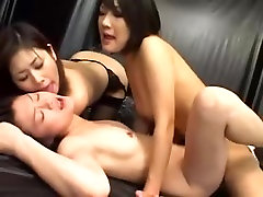 Massage nude women porn video with asian lesbian drill
