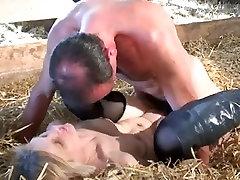 Amazing Blonde, Mature xxx video