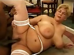 Two CHUBBY matures and BBC - Getlaidbbw.com