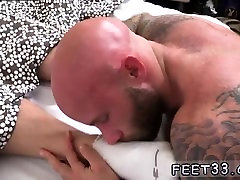 Gay foot fetish techniques and men sucking on mens feet Drak