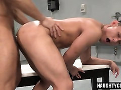 Asian bodybuilder oral sex and cumshot