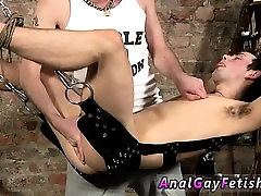 Nipple boy bondage and all male college boys in gay Face Fuc