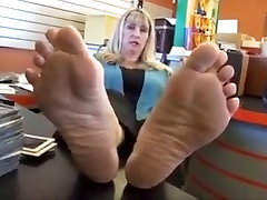 Blonde mature soles feet - 52 years old