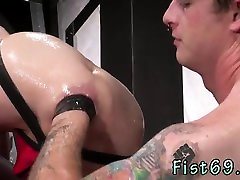 Extreme gay male pissing porn Tatted sweetheart Bruce Bang s