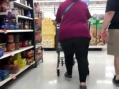 Fat ass mature bbw in leggings 2