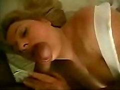 Big boobs cosmopolis sp surprised while sleeping - Part1 - see more www.sexy-milf.cf