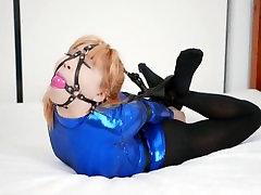 JAPANESE BDSM VASTGEBONDEN GAGGED - PURPLE LATEX