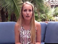 milfs-mania.com Hot chick fucks after interview