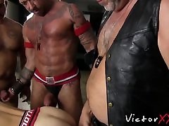 Old bearded butt buddy craves for a giant prick to suck