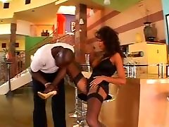 MILF fucking with extrem big black cock