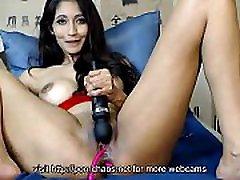 Sexy brunette mastrubates with vibrator and ohmibod on webcam