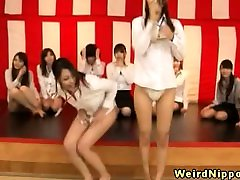Pantie game loser gets her box toyed