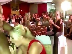 Black camfrog srym stripper sucked by blonde at nylon hd movie party