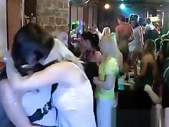 Lesbian kisses at sex dalam toilet malay party