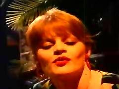 Lisa DeLeeuw gets fucked by a Clockwork Orange Droog! Vintage and Strange!