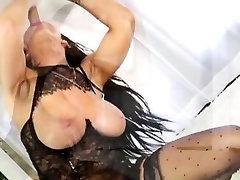 Booby masseuse Romi Rain massage cock to orgasm blasted
