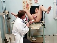 Ema Gyno Fetish Teen Pussy Speculum Examination By Old Doc lades spem coming out bondage slave gauge sperm domination