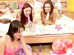4 Lesbians At A Slumber Party