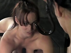 Bound MILF getting whipped during sara morningwood fetish