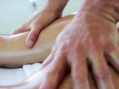 Muscley gay hunk gives sensual massage