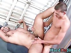 Dude gets his fine hairy ass fucked part1