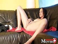 Swiss Pornmodel Natalie - first Porn Casting