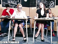 Stunning brunette schoolgirl seduces her HOT blonde classmate