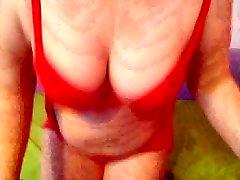Mature born to make love in webcam