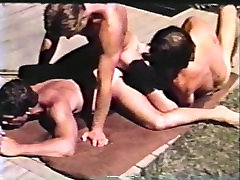 Gay Peepshow Loops 302 70s and 80s - Scene 4