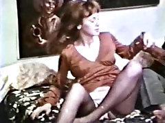Peepshow Loops 11 1970s - Scene 2