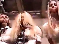 Ama Monika wild dewil fetish domination show en el SEB by