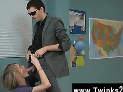 Amazing twinks The lovely ash-blonde dude is getting a individual lesson